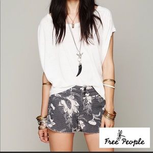 {Free People} Double Weave Cut Off Shorts size 2